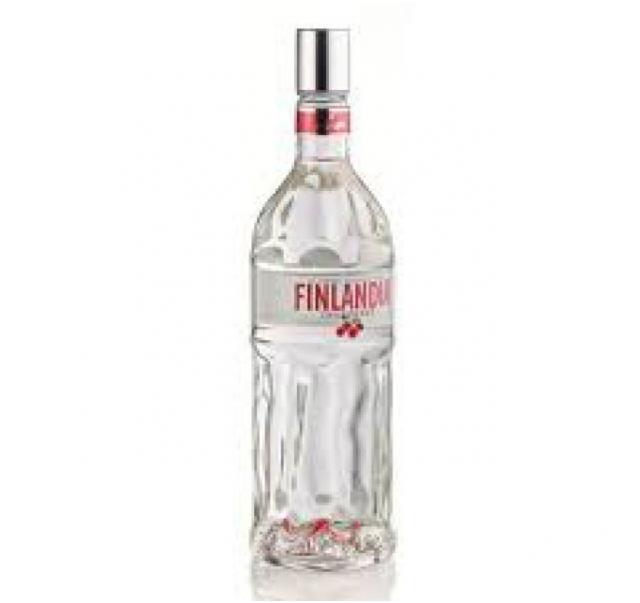Finlandia vodka Áfonyás 1 L